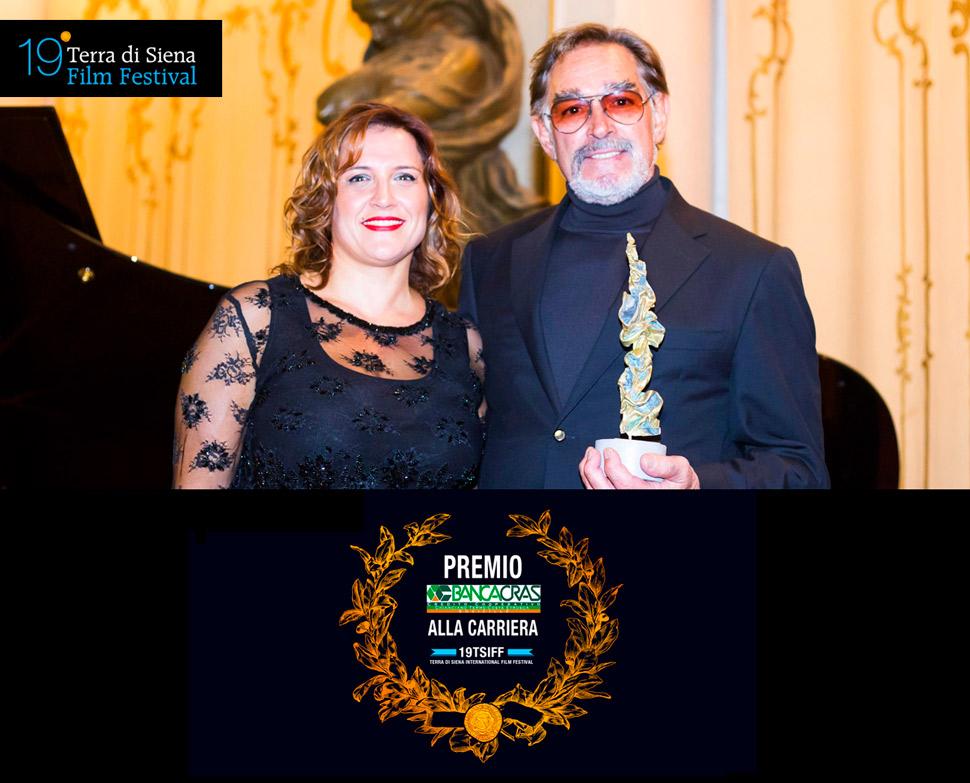 6-PREMIO-alla-carriera-fabio-testi-TERRA-DI-SIENA-FILM-FESTIVAL-2015
